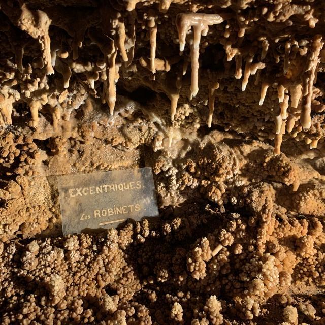 Formations géologiques grotte du bosc