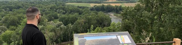 Panorama De Bourret