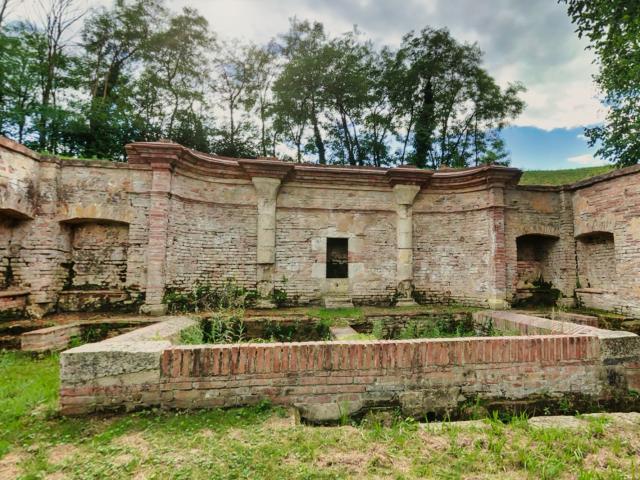La Fontaine des Moines à Cordes Tolosannes