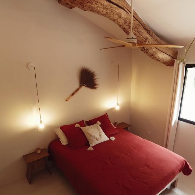 Chambre Kapha au Domaine de l'Ostalas