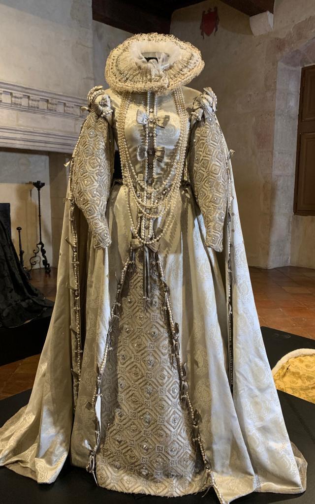 Costume D'elizabeth Par Alexandra Byrne 5722