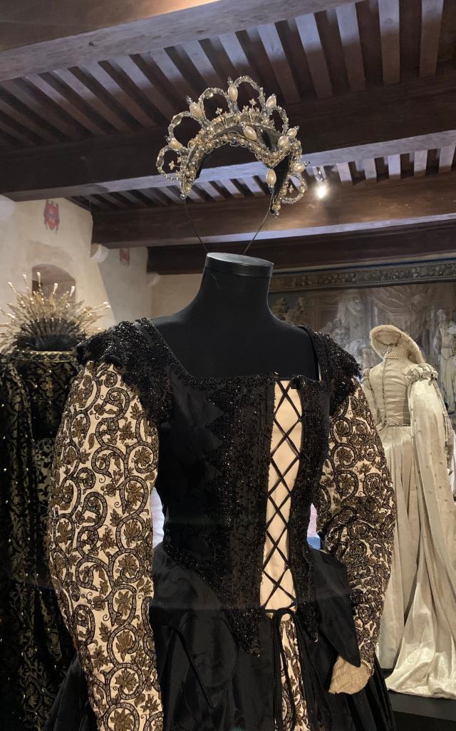 Costume D'elizabeth Par Alexandra Byrne 5728