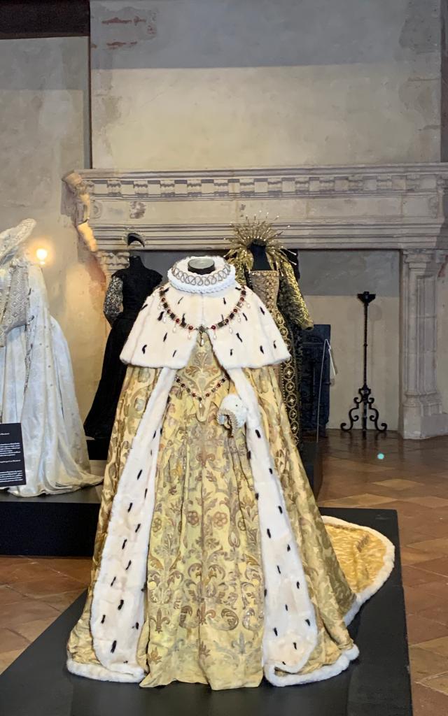 Costume D'elizabeth Par Alexandra Byrne 5745
