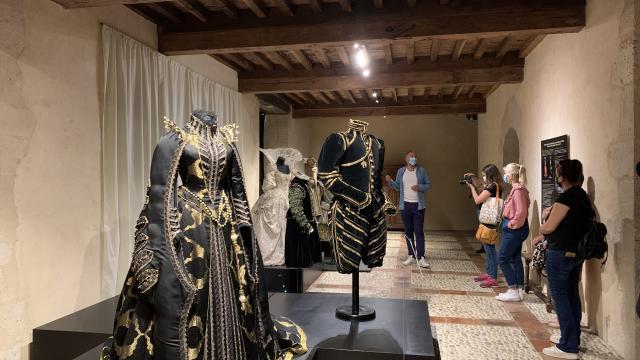 Expositions Costumer La Renaissance Gramont 5792