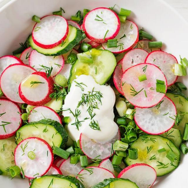 Salade pois radis et concombre