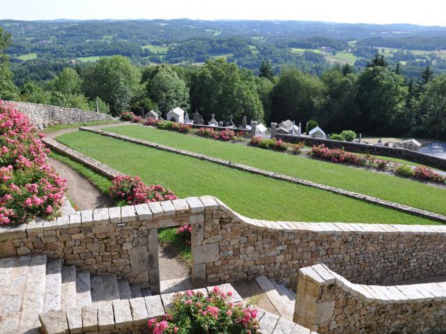 Saint Georges Nigremont Les Jardins En Terrasses Au Printemps