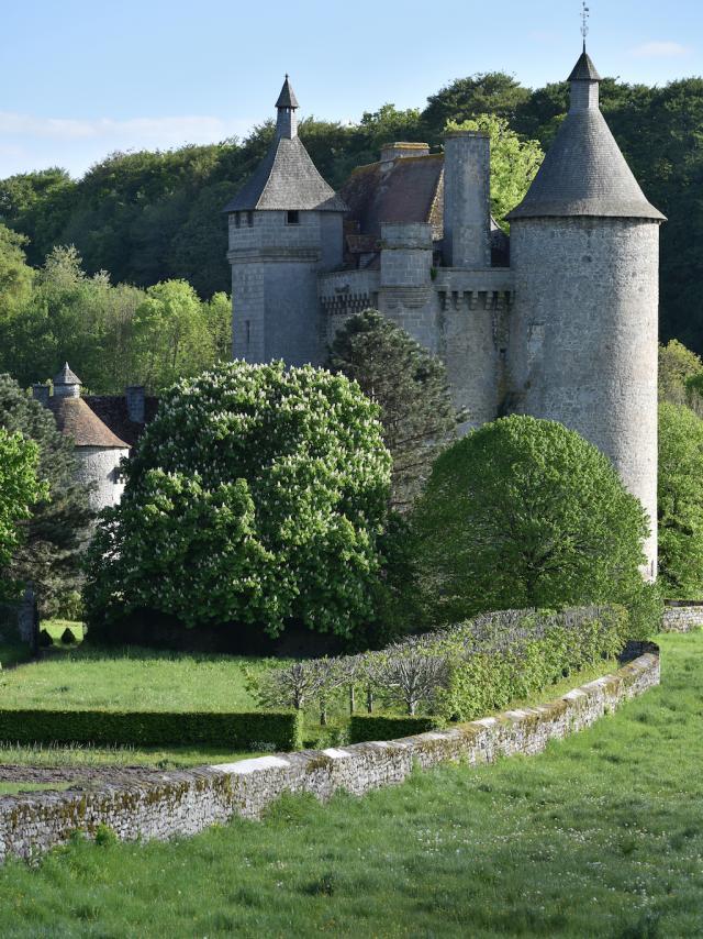 ADRT 23-Château de Villemonteix à Chénérailles