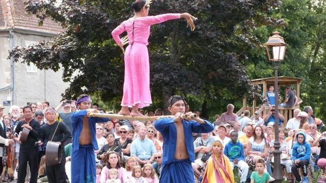 Festival Danses, Musiques Et Voix Du Monde À Felletin En Creuse, La Creuse