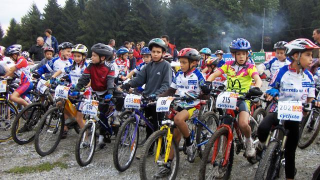 Nos Juniors Sur La Ligne De Départ ©creuseoxygène, La Creuse