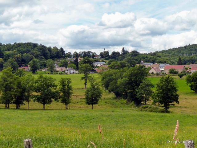 Village de Lioux les Monges
