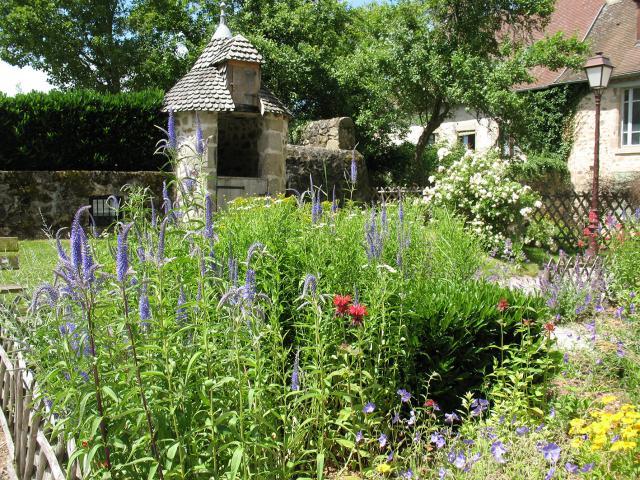Jardin Du Cloître Felletin