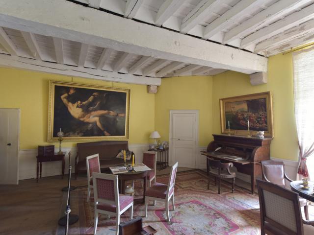 chateau-de-villemonteix-a-chenerailles-23-jda-5212-1024px.jpg