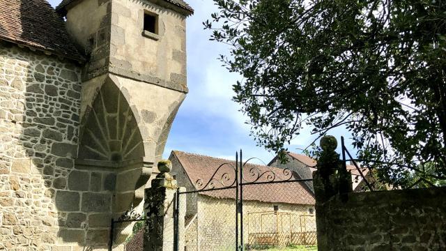 st-chabrais-chateau-etangsannesaline-gorsse1.jpg