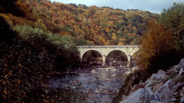 Pont du Bourg d'Hem