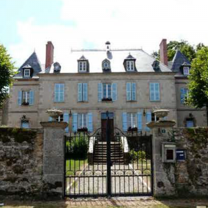 Le Chezeau, Chateau