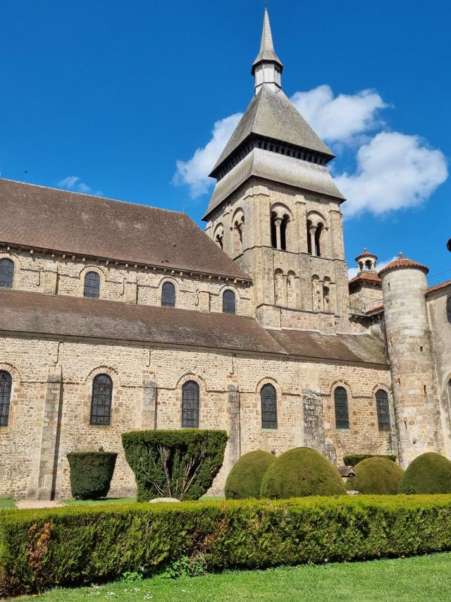 laffaire-du-collier-geocaching-a-chambon-7.jpg