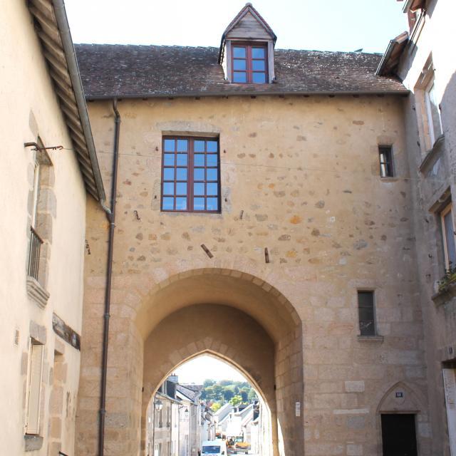 Porte du Puycharraud à La Souterraine