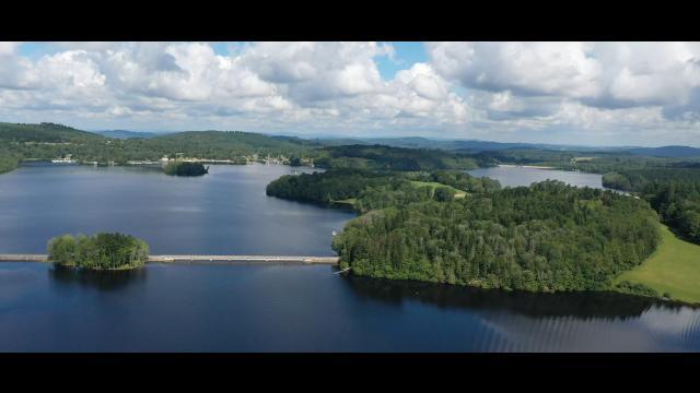Lac De Vassivière 4