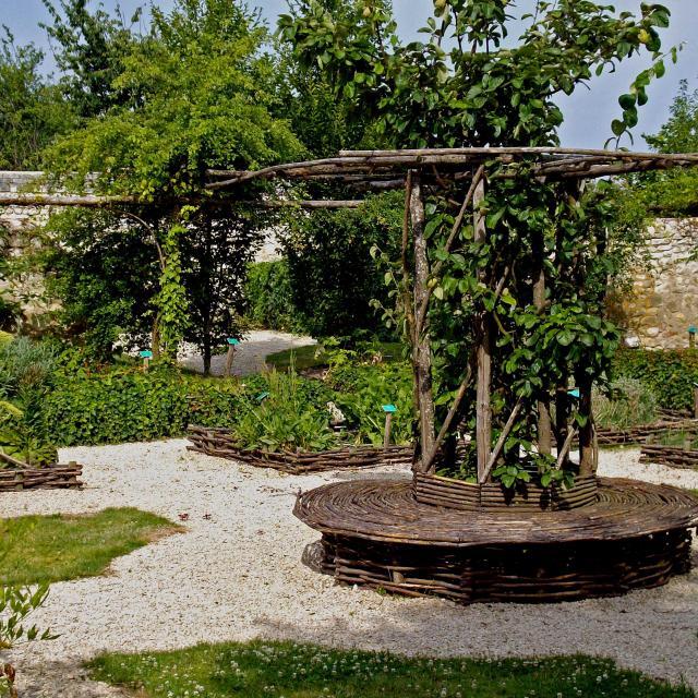 Jardin D'inspiration Médiévale