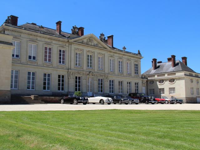 Chateau De Craon Craon Cp Mayenne Tourisme 1920px