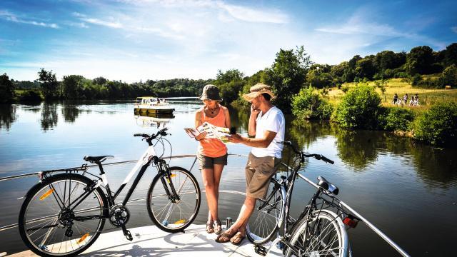 Naviguer sur la Rivière la Mayenne