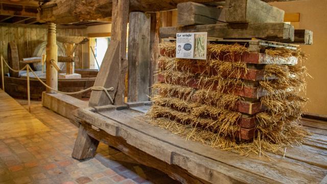 Musee Du Cidre Vallee De Haute Mayenne Lassay Les Chateaux Melleray La Vallee