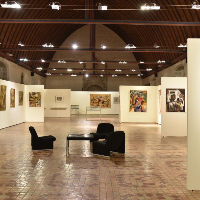 Musee Des Arts Naifs Et Singuliers à Laval
