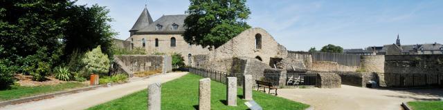 Extérieur du château de Mayenne