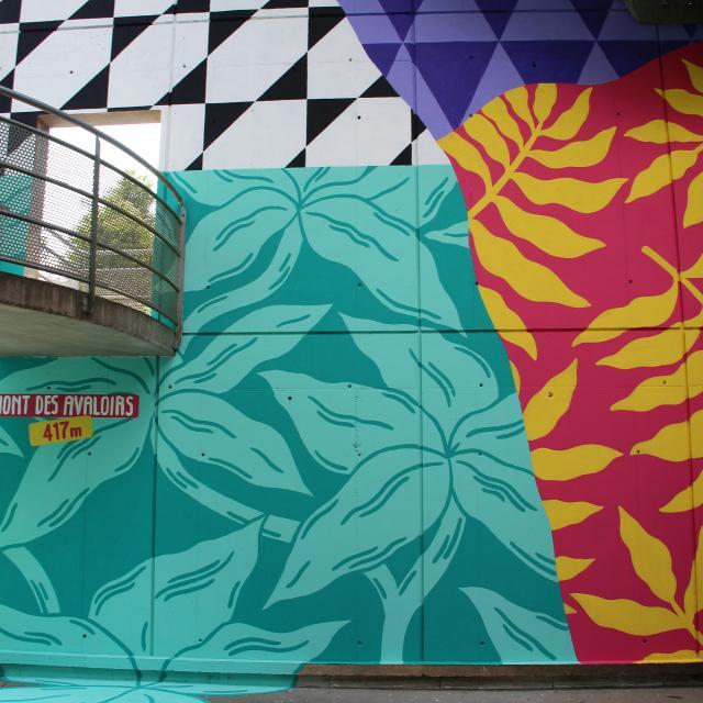 Fresque multicolore du belvédère - Mont des Avaloirs