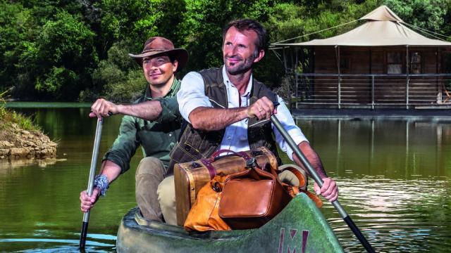 Portrait Guillaume Beucher Et Vincent Brault Insolents Createurs De L Insolite Parc Echologia Louverne Cp Gregory Voivenel Mayenne Tourisme