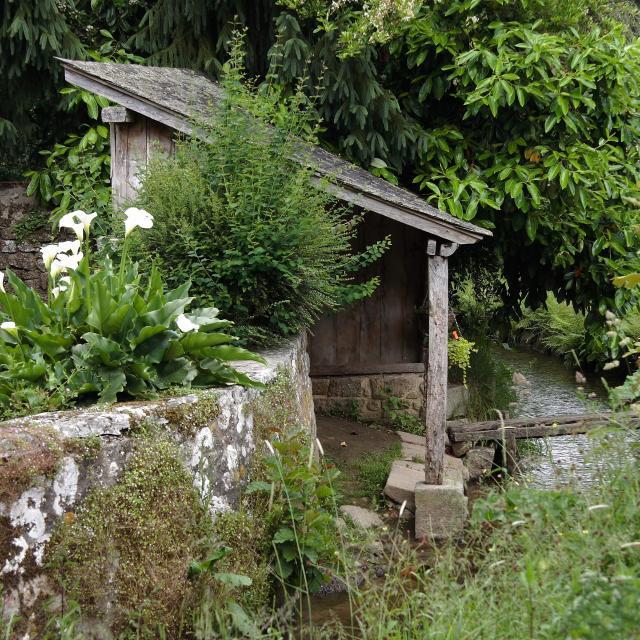 Lavoir à Lassay Les Chateaux