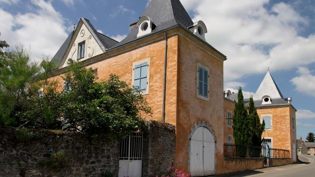 Manoir - Saint Pierre Sur Erve