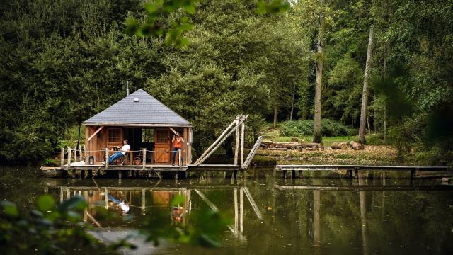 Cabane sur l'eau - Le Bois à Forcé