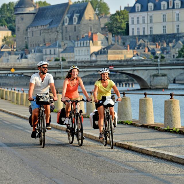 Vélo Francette -chemin de halage - Laval