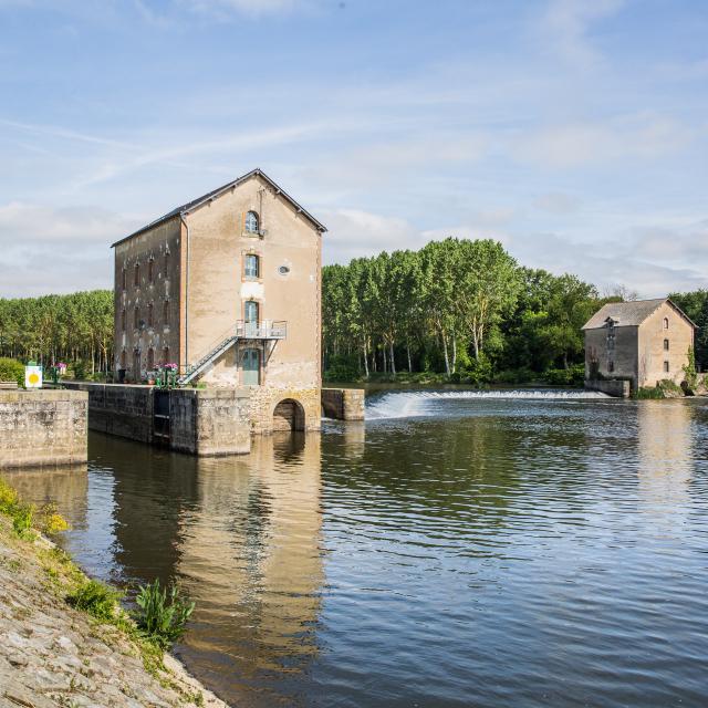 Les Bords De La Mayenne Sud Mayenne Saint Sulpice