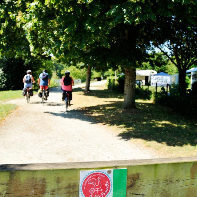Randonnée vélo sur la Vélo Francette - Menil
