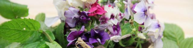 A La Rencontre Des Plantes Bouquet Plantes Comestibles - Sainte gemmes le robert - Mayenne
