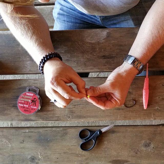 Etape 2 Enfiler La Perle Tuto Pêche Montage Texan