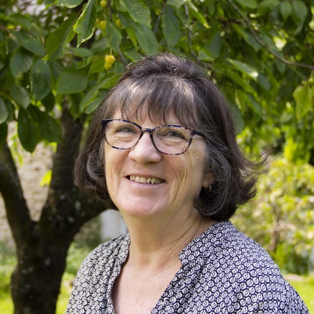 Wendy Tague - Chambres d'Hôte l'orée à Courcité