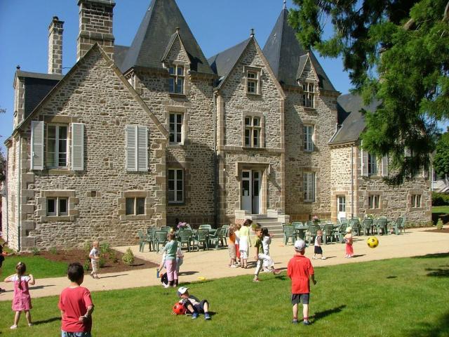 Château du bourg - Saint Denis de Gastines