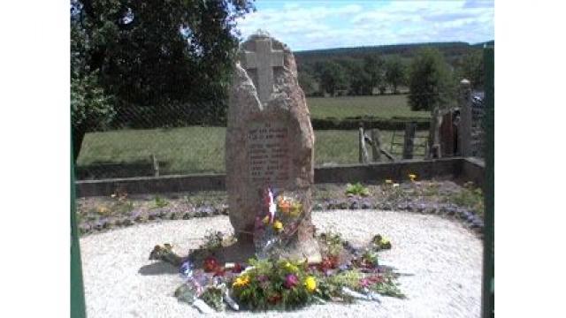 Monument De La Fourchardiere