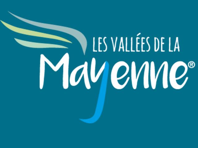 Logo Mayenne Tourisme Carré Sur Fond Bleu