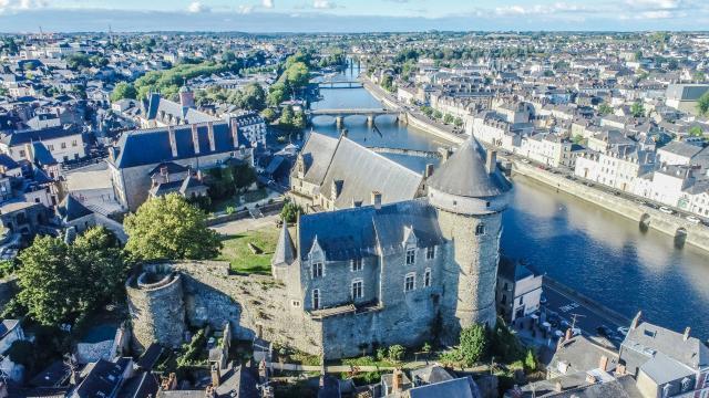 Vieux Château Laval vu du ciel
