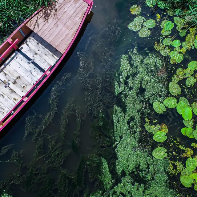 barque drone la Mayenne Rivières de l'ouest