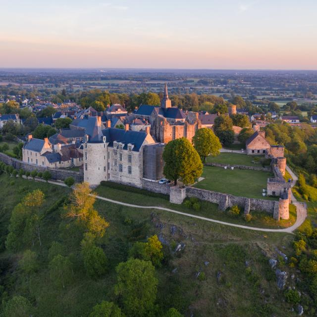 sainte-suzanne-photo-drone-2.jpg