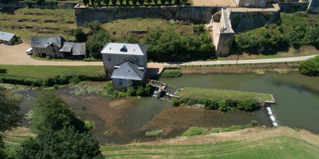 moulin-de-thevalles-chemere-le-roi-cp-pascal-beltrami---mayenne-tourisme-1920px-2.jpg