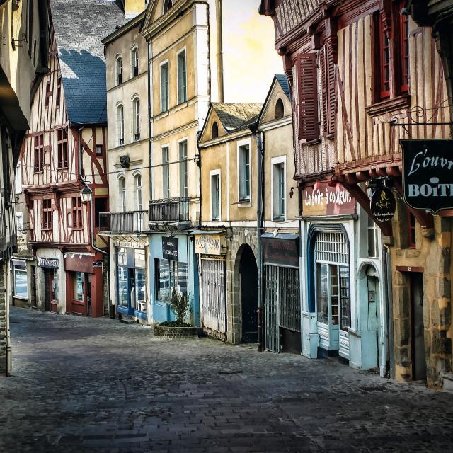 Cp Dominique Vernier Mayenne Tourisme 1920px (1)