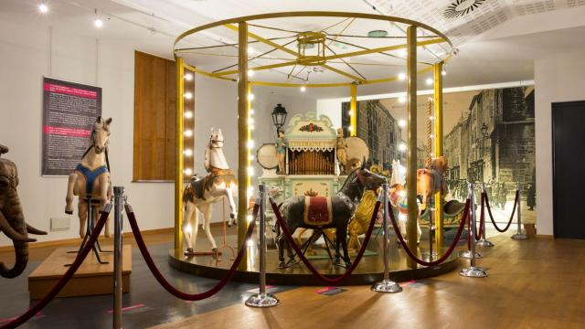 Carrousel - Musée de Mirecourt