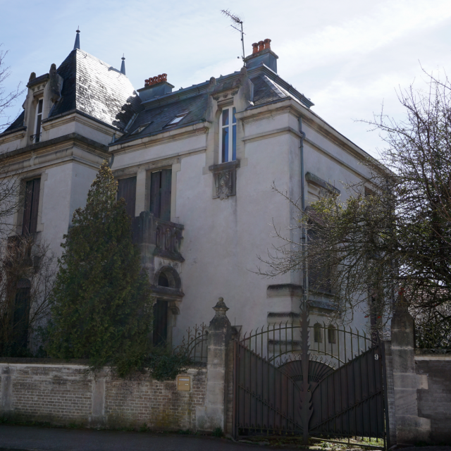 9 Rue Foch Mirecourt