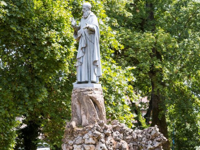 Saint Pierre Fourier, île de Mattaincourt